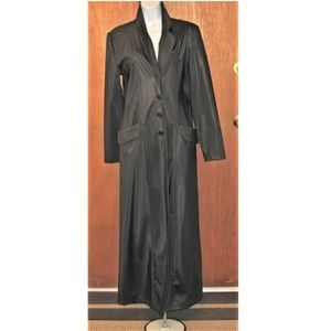 Black Maxi Coat Louise Paris-Goth like